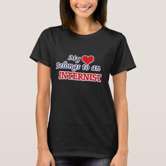 Mein Herz gehört einem Internisten T-Shirt