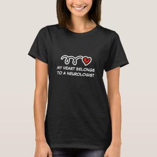 Mein Herz gehört einem Neurologe | T - Shirt