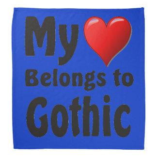 Mein Herz gehört gotischem Kopftuch