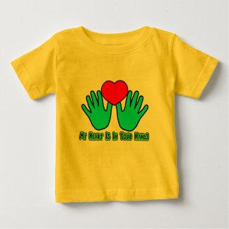 Mein Herz ist in Ihren Händen Baby T-shirt
