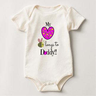 Mein Herz sehnt sich zum Vati! (Rosa u. Gelb) Baby Strampler
