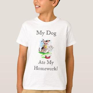Mein Hund, aß mein Hausaufgaben-T-Shirt T-Shirt