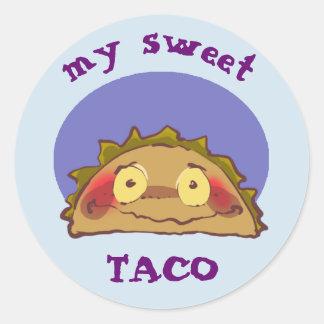 mein lustiger Cartoon des süßen schüchternen Taco Runder Aufkleber