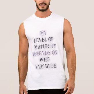 Mein Niveau von Reife hängt von ab, wem ich mit Ärmelloses Shirt