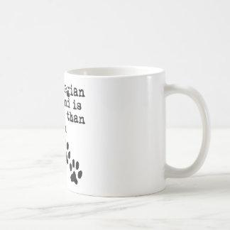 Mein norwegisches Elkhound ist intelligenter als Kaffeetasse