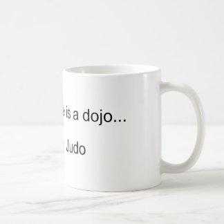 Mein zweites Zuhause ist ein Dojo Kaffeetasse