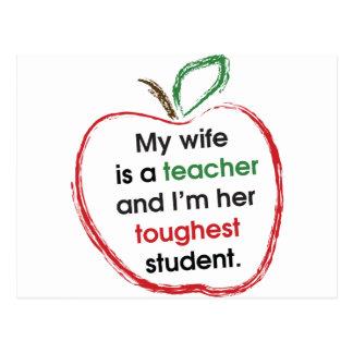 Meine Ehefrau ist ein Lehrer und ich bin ihr Postkarten