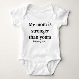 Meine Mamma ist stärkeres onsie Baby Strampler