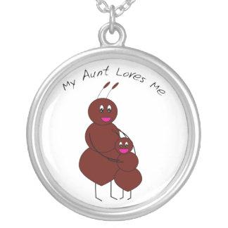 Meine Tante Loves Me Ant Necklace Versilberte Kette
