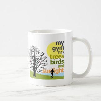 Meine Turnhalle hat Bäume Kaffeetasse