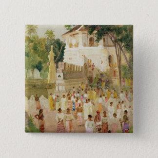 Mengen an einem Monument in Indien, 1895 (w/c u. Quadratischer Button 5,1 Cm
