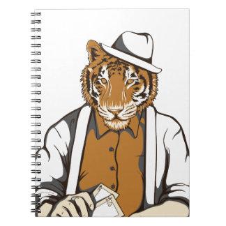 menschlicher Tiger mit Spielkarten Spiral Notizblock