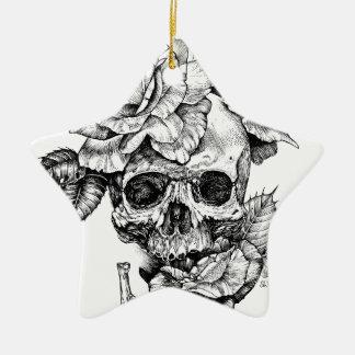Menschliches Zeichnen des Schädels und schwarzes Keramik Stern-Ornament