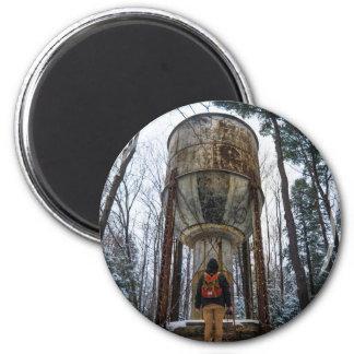 Merkwürdige Welt Runder Magnet 5,7 Cm