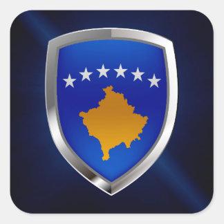 Metallisches Emblem Kosovos Quadratischer Aufkleber