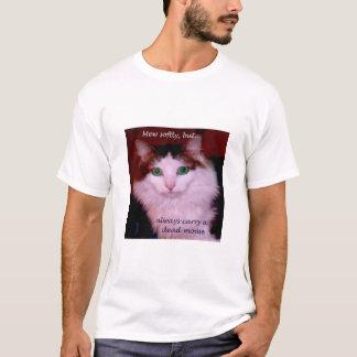 Mew weich, aber tragen Sie immer eine tote Maus T-Shirt