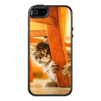 Miezekatze unter Stuhl OtterBox iPhone 5/5s/SE Hülle