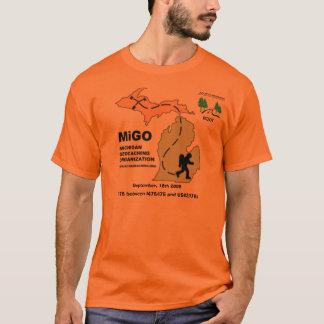 MiGO Adoptierte-ein-Landstraße T-Shirt