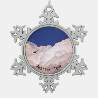 Militär transportiert Flugzeug durch Shirley Schneeflocken Zinn-Ornament