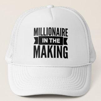 Millionär im machenfernlastfahrer-Hut Truckerkappe