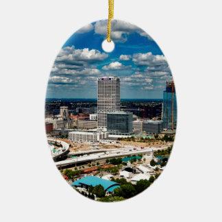 Milwaukee-Skyline Ovales Keramik Ornament