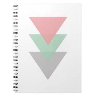 Minimaler Pastell farbiges Trio der Dreiecke Notizblock