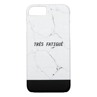Minimaler TRÈS FATIGUÉ Marmortext iPhone 8/7 Hülle