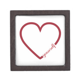 Minimalistic Entwurf des Herzens der Liebe sich Schachtel