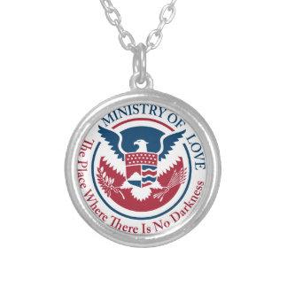 Ministerium der Liebe, offizielles Siegel Versilberte Kette