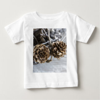 Miscellaneous - Winter Pine Cones Patterns Four Hemd