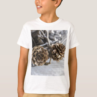 Miscellaneous - Winter Pine Cones Patterns Four Shirts