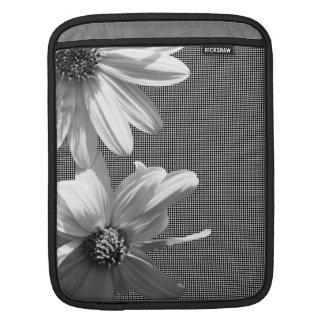 mit Blumen iPad Sleeve