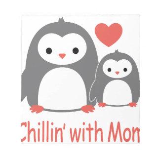 mit Mamma kühlen, coole liebevolle Cartoons Notizblock