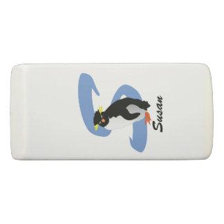 Mit Monogramm Penguin mit Namen u. Initiale Radiergummi