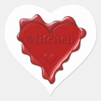 Mitchell. Rotes Herzwachs-Siegel mit Herz-Aufkleber