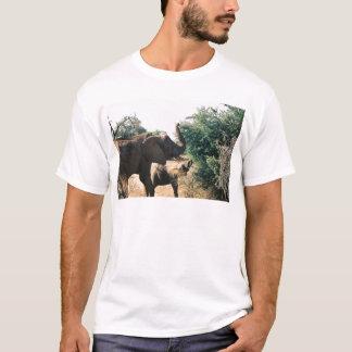 Mittag in Kenia T-Shirt