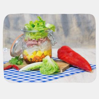 Mittagessen in einem Glas Babydecke