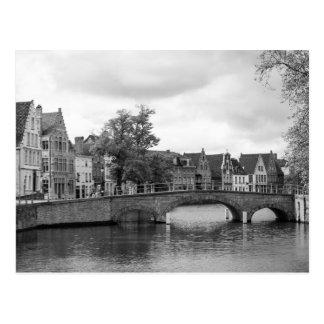 Mittelalterliche Brücken-Postkarte Brügges Postkarte