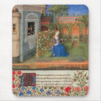 Mittelalterliches Mädchen im Hof-Rosengarten Mousepads