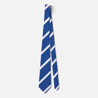 Mittler-Blaue und weiße Regimentsstreifen-Krawatte Bedruckte Krawatten