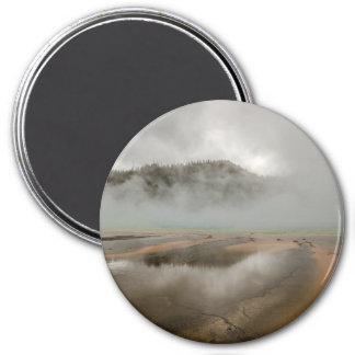Mittleres Geysir-Becken in Yellowstone Runder Magnet 7,6 Cm
