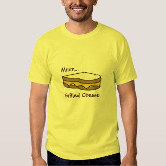 Mmm. Gegrilltes Käse-T-Stück T Shirt
