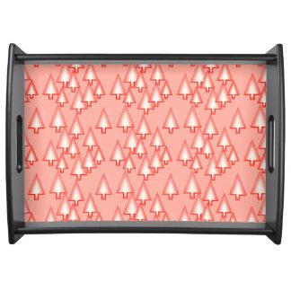 Moderne metallische Weihnachtsbäume - korallenrote Tablett