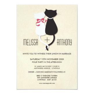 Moderne niedliche Katzen-Paar-Monogramm-Hochzeit Einladungskarte