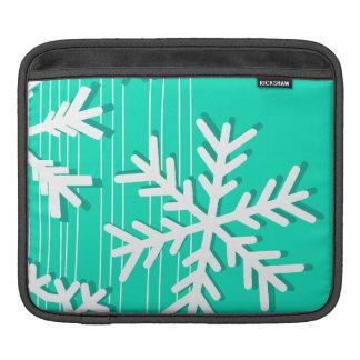 Moderne Türkis weißes Weihnachtsweißschneeflocken iPad Sleeve