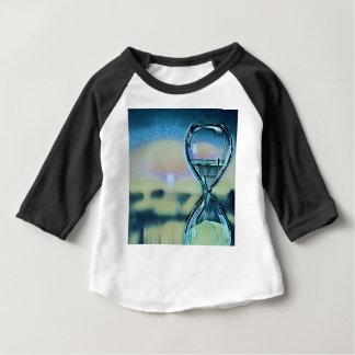 Moderner bunter Hourglass-Zeitablauf Baby T-shirt