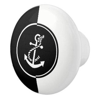 Moderner geometrischer schwarzer u. weißer keramikknauf