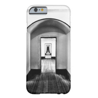 Moderner Korridor-schwarzes u. weißes Foto-Muster Barely There iPhone 6 Hülle