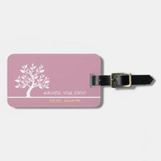 Moderner rosa eleganter nobler Baum-Yoga-Lehrer Gepäckanhänger