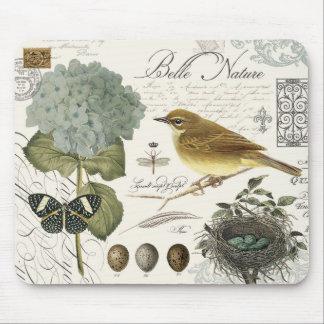 moderner Vintager französischer Vogel und Nest Mousepad
